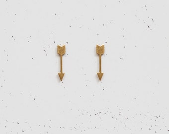 Minimal Arrow Brass Studs