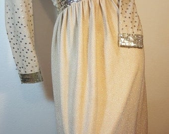 FREE  SHIPPING    1960 Victor Costa Gown
