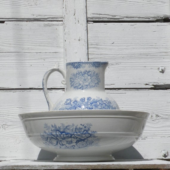 French antique bowl and pitcher, Hamage Nord, antique jardinière, blue and white pitcher, pitcher and bowl, country home, antique wash set