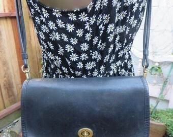 Coach City Bag Black Leather Cross Body Purse Tote Crossbody Handbag Made in USA Individual Serial No Bonnie Cashin