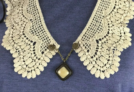 Outlander Claire Lace Collar with Antiqued Pendant - Statement Necklace Fraser Diana Gabaldon FREE SHIPPING FT23