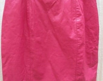 VINTAGE Pink LEATHER  skirt  by CHIA     25 W 18 L
