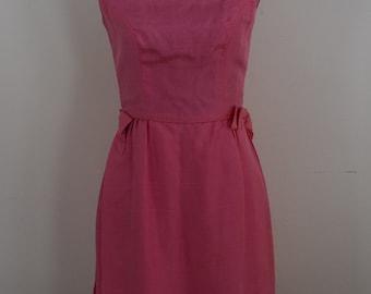 Vintage 1960s salmon PINK boatneck satin xs dress