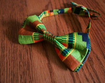 Green Kente Cloth/African Print/Ankara Bow Tie with Adjustable Neck Band - (Ties, Bowtie, Formal, Casual, Accessories)