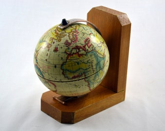 Vintage world map / 50s 60s earth globe