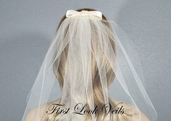 Ivory Bow Veil, Bridal Hip Veil, Short Wedding Veil, Wedding Vail, Bridal Attire, Bridal Accessory, Bridal Accessories, Women's Accessories