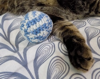 Cat toy. Ball of catnip. Hand-made crochet in amigurumi