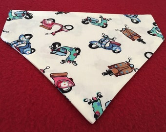 Scooter Lambretta Vespa cream dog bandana