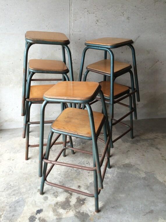tabouret industriel mullca pi tement tubulaire vintage r tro. Black Bedroom Furniture Sets. Home Design Ideas