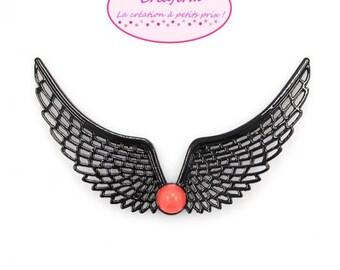 2 chest protectors connectors necklaces wings black