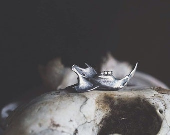 Rattus norvegicus mandible rat jaw bone brooch in sterling silver