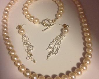 Bridal pearl jewellery suite