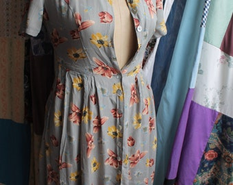 Crepe  button through floral dress REF424