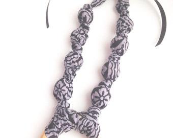 Black Medallion Teething Necklace, Fabric Nursing Necklace, Mommy Necklace, Chomping Necklace, Fabric Teething Necklace