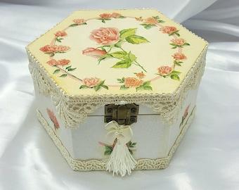 Jewellery Box , Jewelry Box Wood, Wooden Jewelry Box , Wood Jewelry Box, Shabby Chic Home Decor, Jewelry Storage, Keepsake Box, Trinket Box