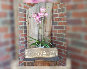 I Love Us Wood Sign. Farmhouse love sign, love wood sign, wedding gifts, love decor, romantic signs, love signs, love, love us wood sign