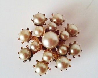 Vintage Pearl Gold Pin or Brooch, Costume Jewelry