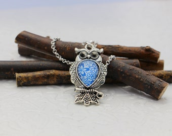 Flower owl pendant, Floral blue owl necklace, Blue and white bird necklace, Bird pendant, Nail Polish pendant, Blue flowers owl jewelry