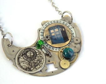 "Doctor Who Necklace ""The Silver Stream of Time"""