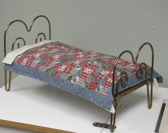 American girl doll bed, brass bed, american girl brass bed, vintage brass bed, vintage american girl doll bed