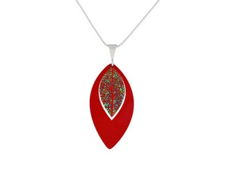 Leaf Russet Red Pendant/Jewelry/Fashion Jewellery