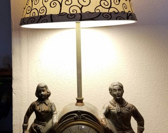Awesome SALE..!!  1940s Roy Rogers & Dale Evans Clock/Lamp.... EXCELLENT!!