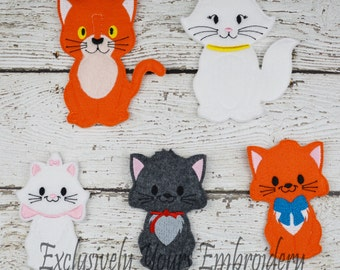 Cat Family Felt Finger Puppets - Pretend Play - Party Favors - Birthday - Travel Toy - Cat Family - Alley Cat - Duchess Cat - Marie Cat
