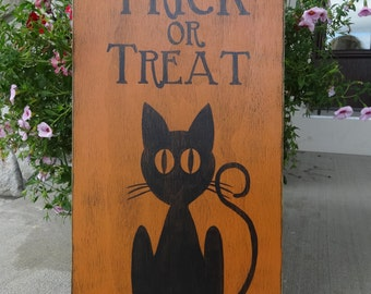 Trick or Treat sign. Hand painted Halloween sign/ Halloween sign/ Black cat sign/ October 31st decor/ Halloween cat decor/