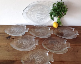 Arcoroc Fish Plates Dinner Set, Mid Century Poisson Plater And Six Plates 70's French Dinnerwar