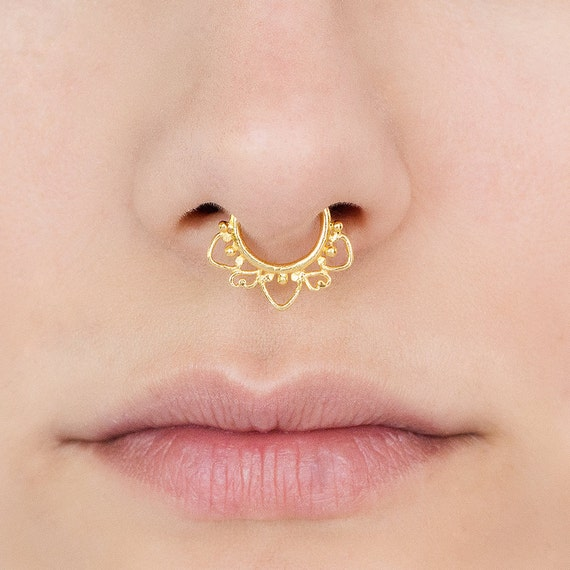 Indian style Fake gold Septum Ring. Indian septum ring. tribal septum ring. faux septum. fake septum. septum jewelry. faux septum ring.