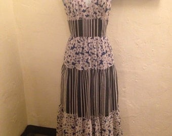 Seventies Young Innocent blue and white daisies halter maxi gown
