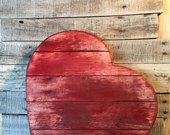 Rustic Wood Heart from Re-purposed Pallet Material