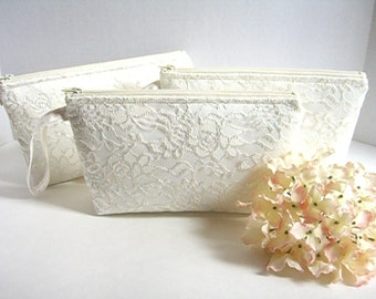 Set of 5 - Satin And Lace Clutch - Bridesmaid Makeup Bag - Satin Bridal Clutch - Satin Wristlet - Bridesmaid Clutch - Lace Bridal Clutch