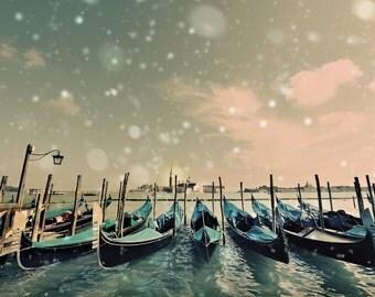 Italian Gondolas, Gondolas Print, Printable Italy, Italy In Winter, Instant Download Italy, Italian Print Art, Fine Art Travel Photo