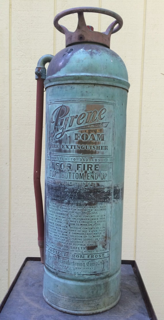 Vintage Pyrene Brass And Copper 2 And 1 2 Gallon Foam Fire