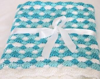 Crochet baby blanket - Ready to ship Crochet blue baby blanket - Crocheted Baby blanket - Aqua blue - White - 28X24 inches