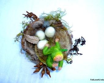 Winged Nest Elf© Complete with nest of bird's eggs.
