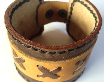 Leather bracelet - FARAWAY - X Brown