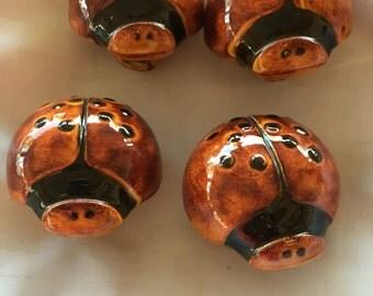1976 Duncan ladybug macrame beads