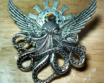 Octopunx Silver Color Steampunk Brooch Cthulu Angel Bird-wing Flying Octopus Creature
