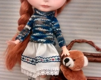 Blythe sweater knitting blue and skirt