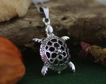 Silver Turtle Necklace, Turtle Pendant, Turtle Necklace, Sea Jewelry, Sterling Silver Turtle Necklace, Animal Jewelry Sea Turtle Necklace