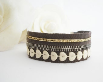 Wide Cuff Bracelet Wristband bracelet Ivory golden brown Zipper Heart ETSYITALIATEAM