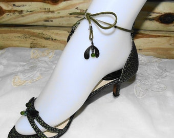 SALE....Vintage Christian Dior Wrap Around Ankle Jeweled Shoes Pumps Heels Sandles / Eur Size 36 1/2 / US Size 6.5