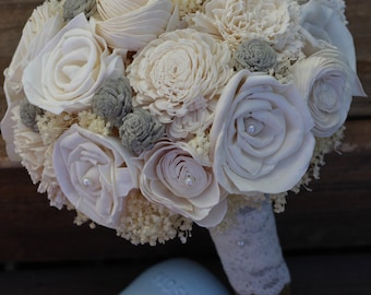 Gray and cream bouquet