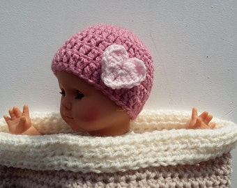 Crochet Beanie Hat With Heart - Any Colour -Newborn - 0 - 12 months - Photo Props - Christmas Gifts