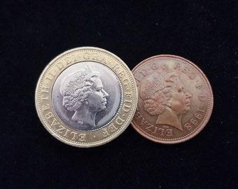 Magic Trick - Coin Unique 2 Pound - 2p The Amazing Vanishing 2p