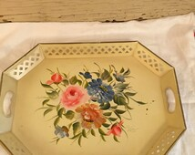 Vintage Yellow Creme Hand Painted Nashco Metal Floral Decorative Lattice Serving Garden Tray