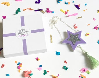 NicLove Shooting Star Necklace