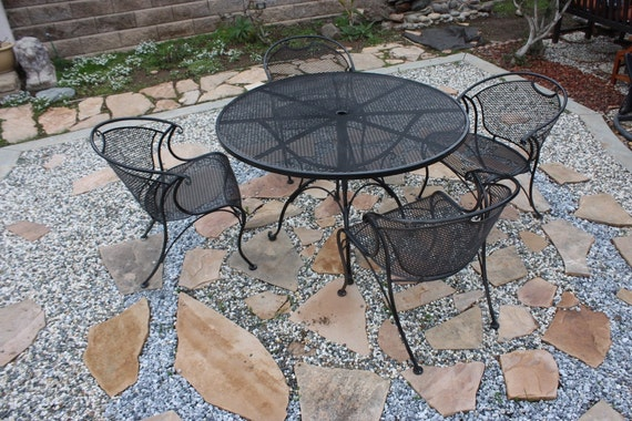 Patio Set Woodard Brand Name Table & 4 Chairs Outdoor